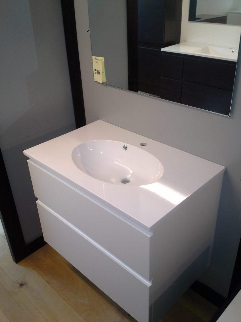 Populære Super billigt badsæt med spejl og vaskebordplade - Jysk Køkken Outlet SG-56