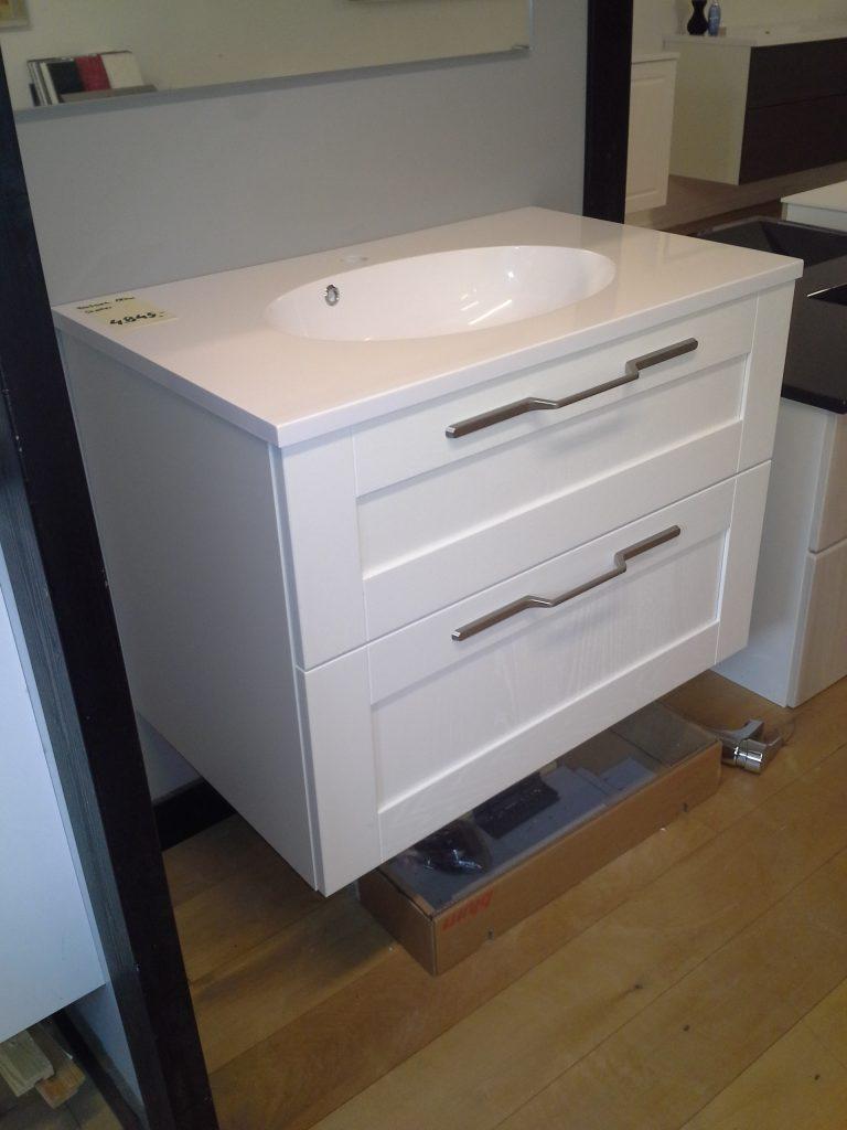 Efterstræbte Super billigt badsæt med spejl og vaskebordplade - Jysk Køkken Outlet CF-15
